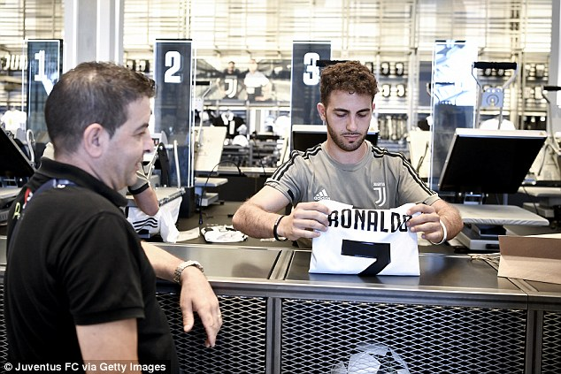 new product a9330 e4f45 Juventus fans rush out to buy Cristiano Ronaldo shirts ...