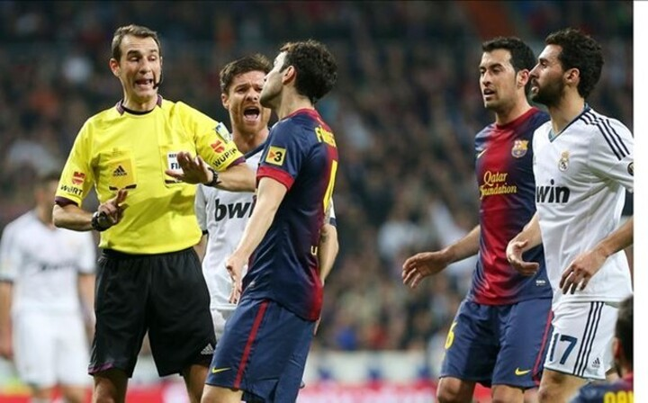 Clos Gomez chosen as referee for the Barça-Madrid Clasico in December