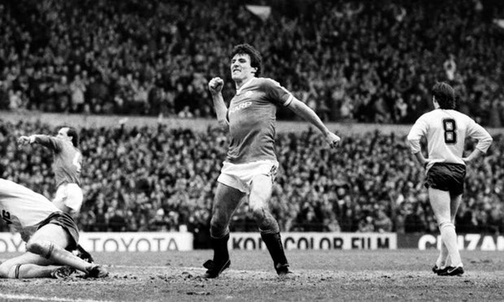 Ecstasy to agony: When Manchester United thumped Arsenal, then blew the title | Old Skool
