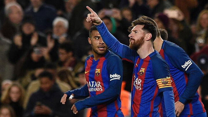 Messi has participated in 42% of Barcelona's goals