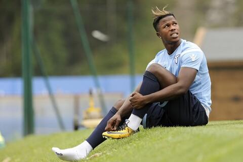Tottenham bid €30m for Lazio forward Keita